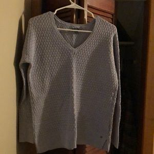 Periwinkle colored long sleeve sweater hardly worn
